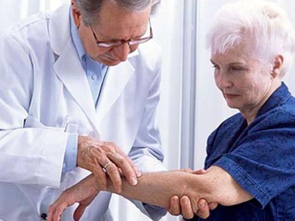 Лечение подбирается согласно виду и стадии болезни