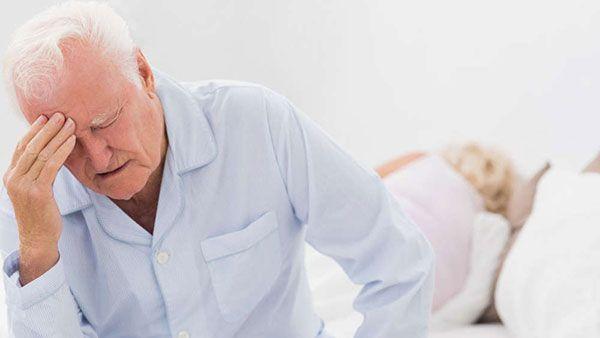 Плохой сон является одним из симптомов артрита
