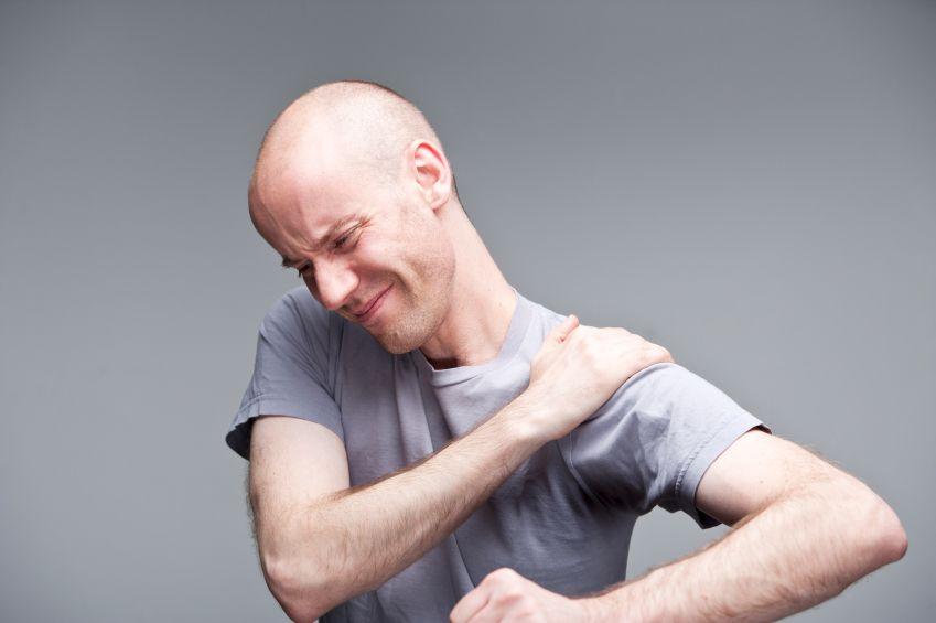Артриту сопутствуют сильные болевые ощущения