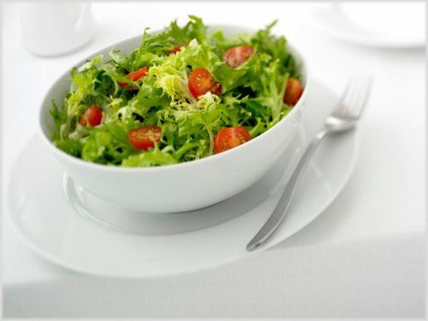 Овощные салаты очень полезны