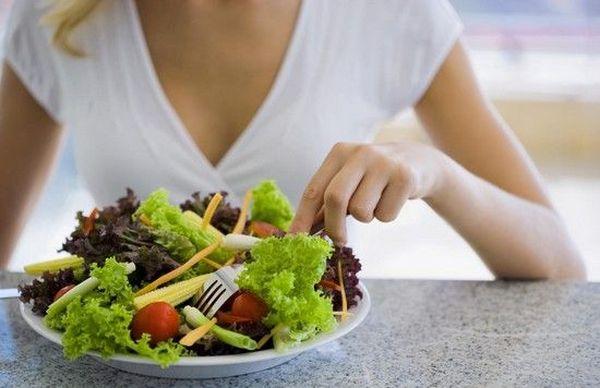 Правильно сбалансированный режим питания и рацион