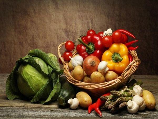 Овощи и фрукты показаны при заболевании