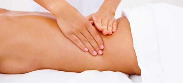 В некоторых случаях назначается лечебный массаж