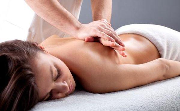 Хорошим средством для борьбы с грыжей является массаж