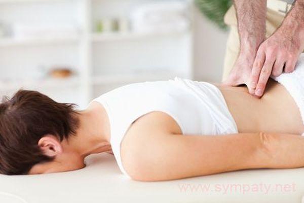 Лечением грыжи должен заниматься специалист
