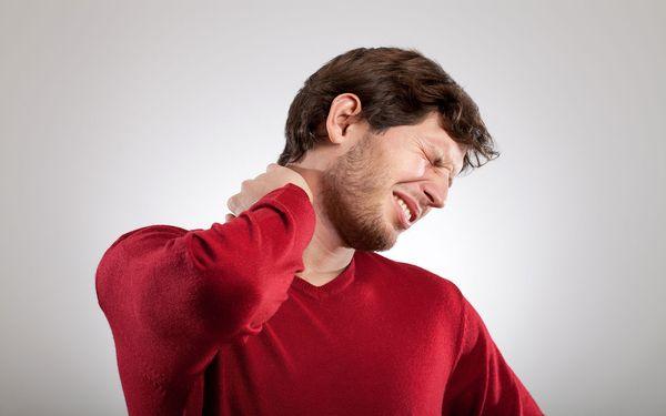 Грыжа может стать следствием хронического остеохондроза