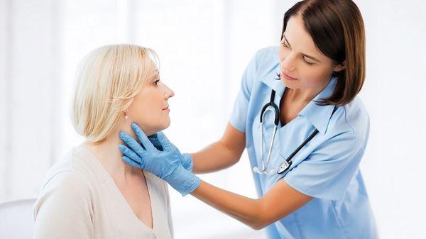 Миозит шеи сопровождается тянущей болью