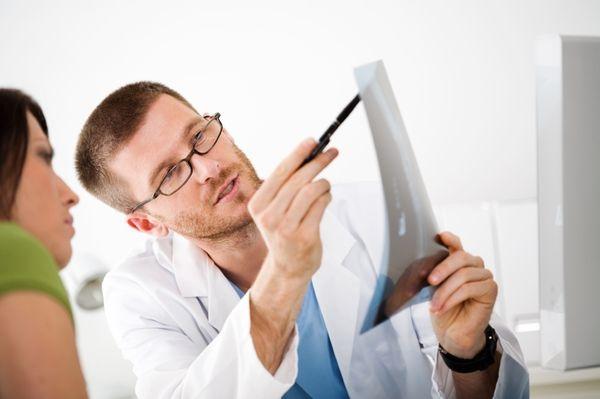 Лечение при миозите назначает врач