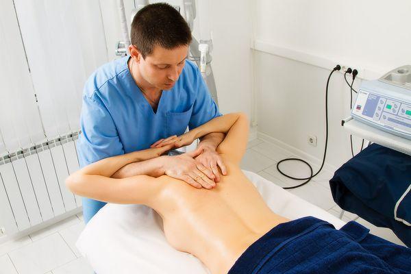 Лечебный массаж при спондилезе