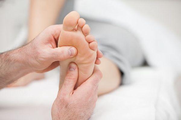 Синовит голеностопного сустава - лечение и симптомы