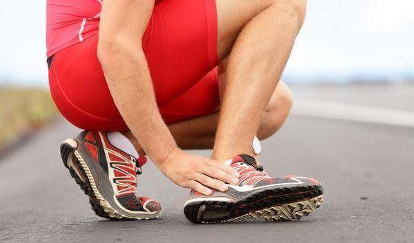 Тендинит может возникнуть из-за травмы