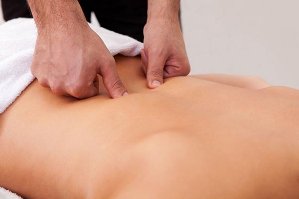 Точечный массаж стоит доверять только врачу